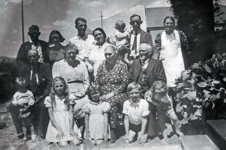 Leonard Familie (Circa. 1942)